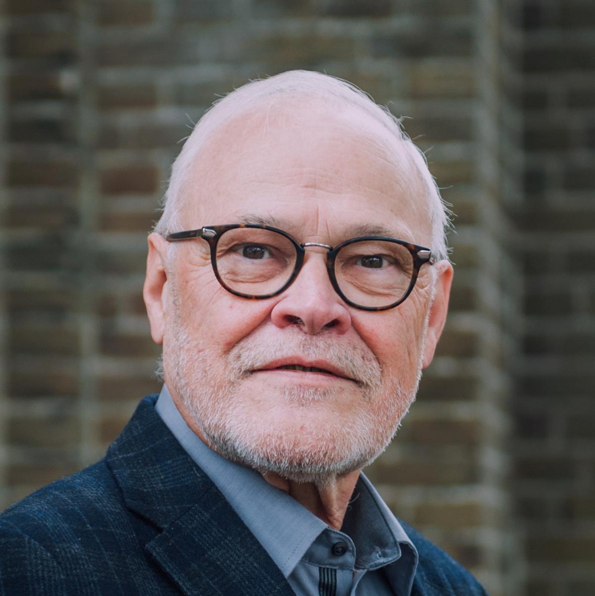 mr. dr. C. J. (Cees) de Jong
